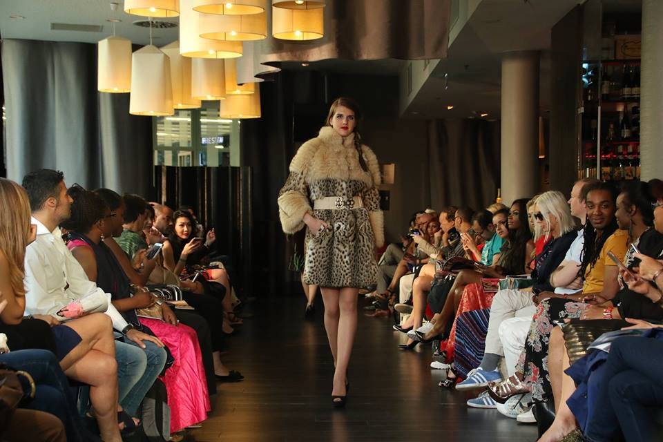 La Rena - Fashion Week de 	Paris